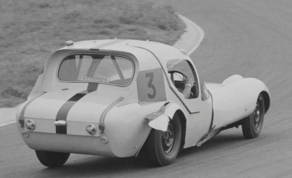1961-world-cup-zandvoort-marcos-gt-xylon-van-john-mitchell
